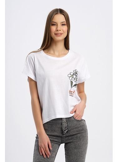 Nismia Papatya Nakışlı Yarasa Tshirt Beyaz